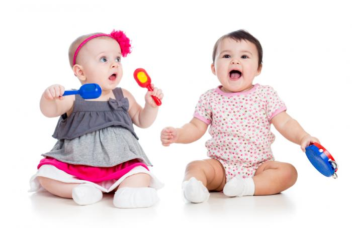 Benefits Musical Toys : Music exposure benefits babies brains medical news today