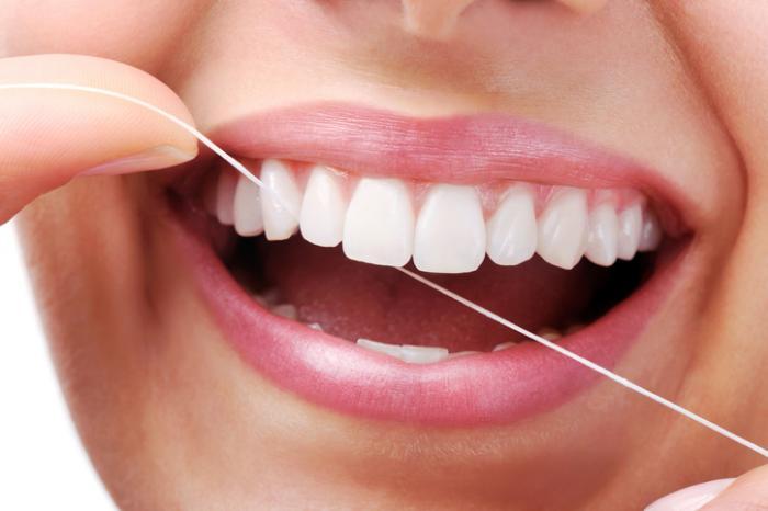 Medical News Today: Waterpik vs. flossing: What is best?