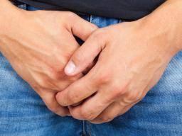 Intelligible itchy line around anus