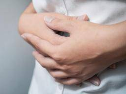 What's to know about inflammatory bowel disease? every thing it's worthwhile to learn about irritation Every thing it's worthwhile to learn about irritation woman holds stomach with both hands