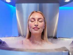 Cryotherapy: Safety, what to expect, and benefits
