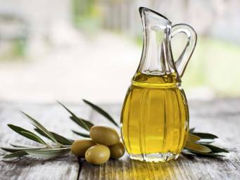 Is olive oil a good moisturizer for your face?