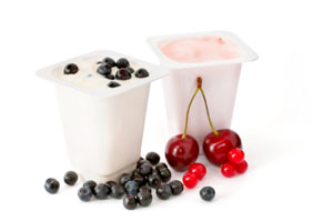 Low fat yoghurts with berries