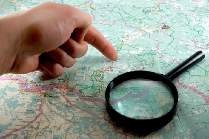 Magnifying glass map